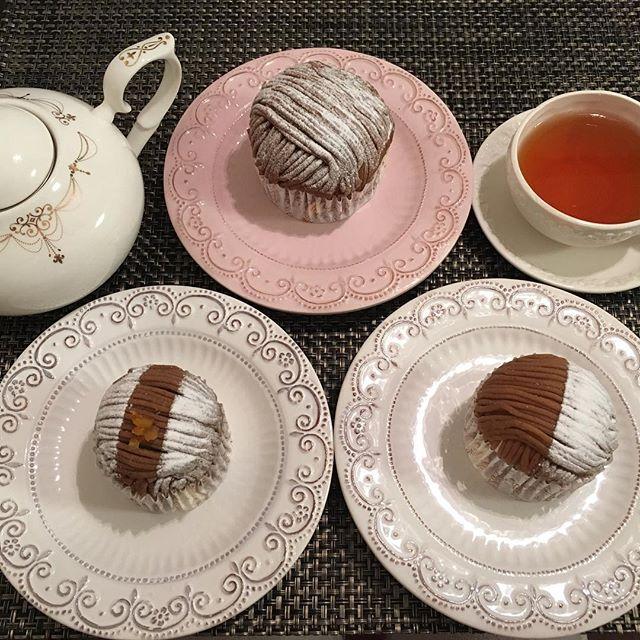 アフタヌーンティーです。アンジェリーナのモンブラン。紅茶はマリアージュフレールのマルコポーロです。#tea #teatime #afternoontea #紅茶 #ティータイム #アフタヌーンティー #angelina #montblanc #アンジェリーナ #モンブラン #mariagefreres #mariagefrères #マリアージュフレール #marcopolo #マルコポーロ